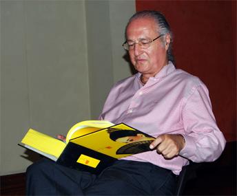 Amarillo Pasión - José Luis García-Tapia